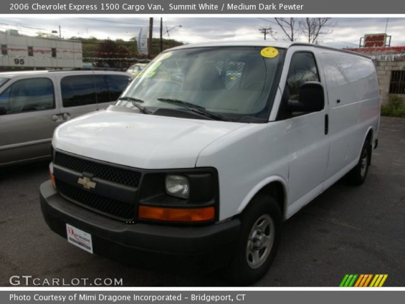 2006 Chevrolet Express 1500 Cargo Van in Summit White. Click to see ...