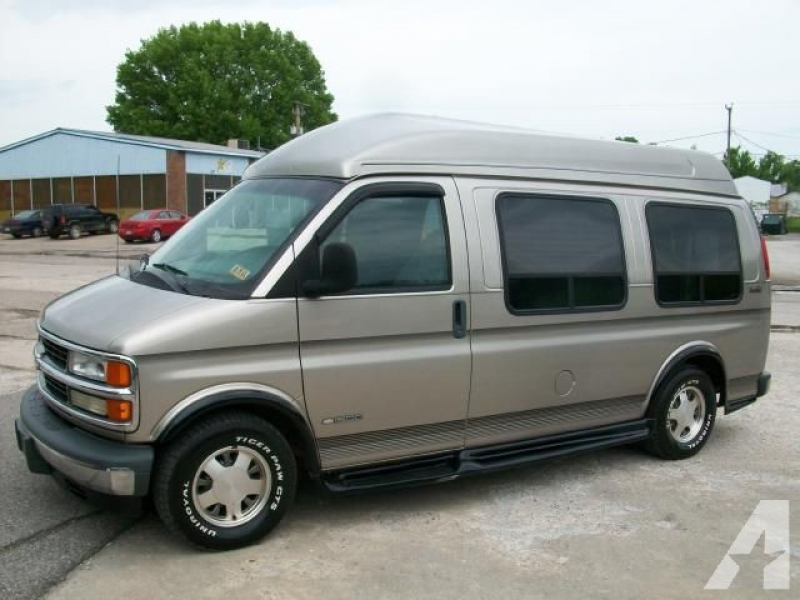 2002 Chevrolet Express 1500 for sale in Louisa, Kentucky