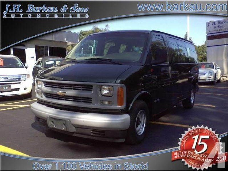 2002 Chevrolet Express 1500 for sale in Cedarville, Illinois