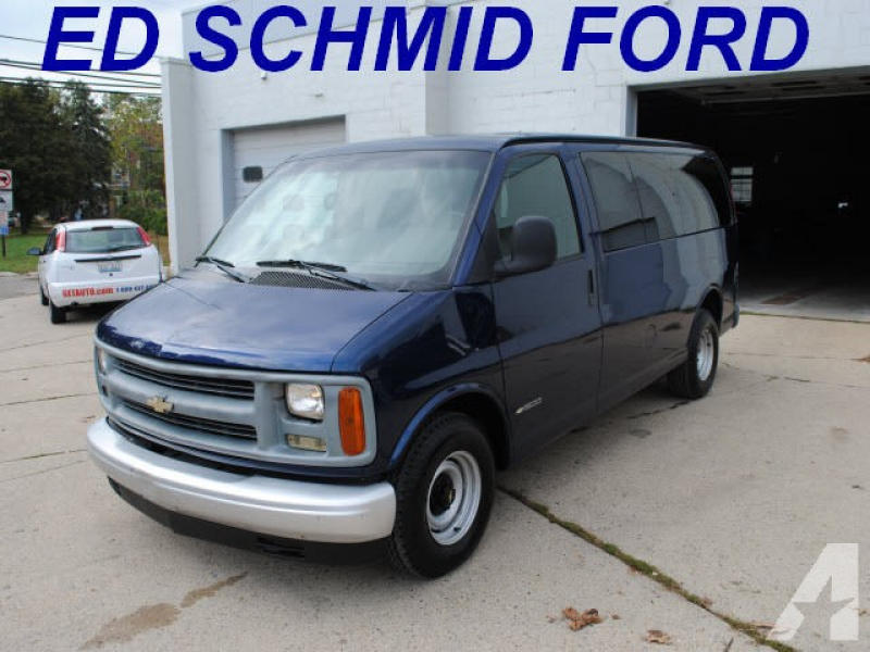 2002 Chevrolet Express 1500 for sale in Ferndale, Michigan