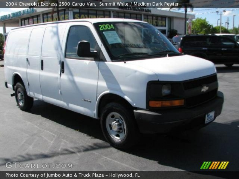 2004 Chevrolet Express 2500 Cargo Van in Summit White. Click to see ...