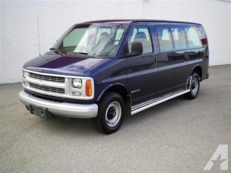 2002 Chevrolet Express 2500 for sale in Decatur, Indiana
