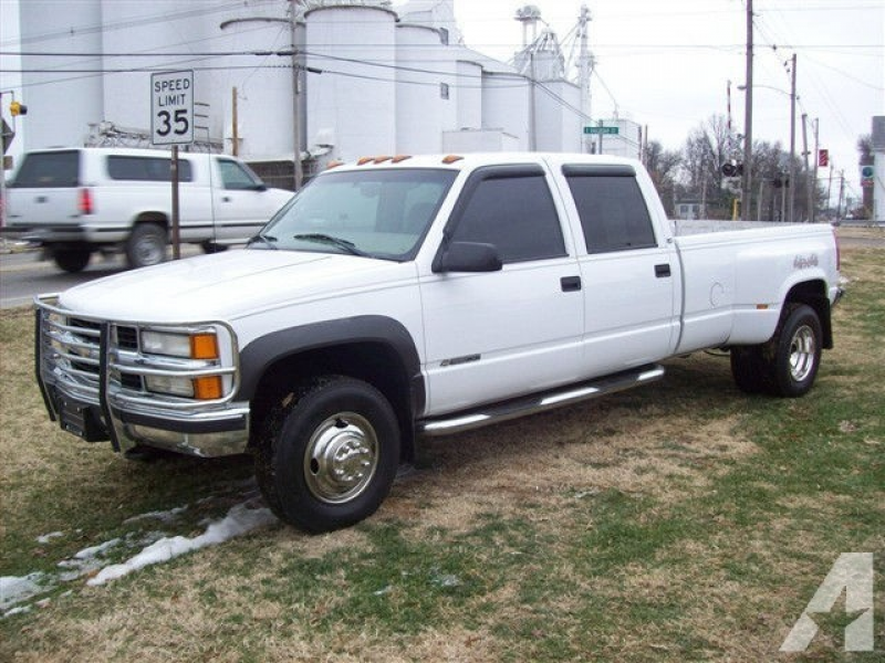 1999 Chevrolet Silverado 3500 for Sale in Nashville, Illinois ...