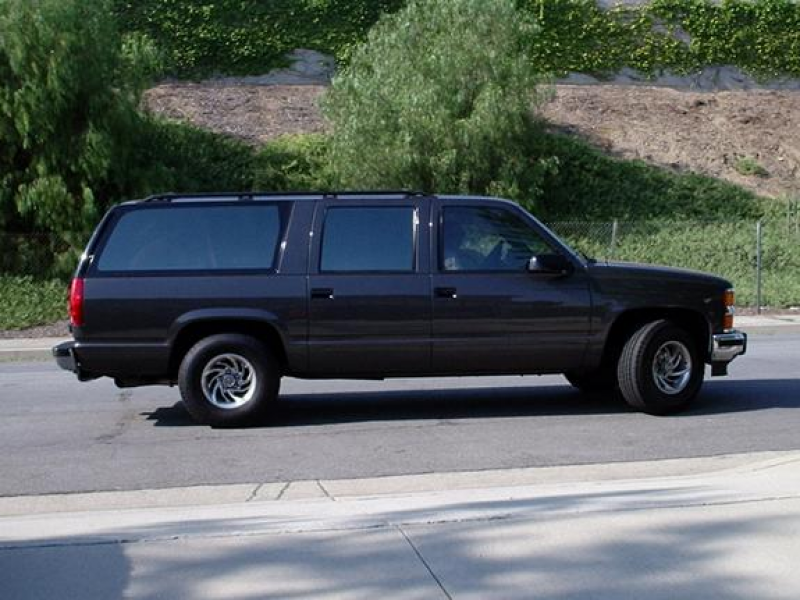 cleanchevy 1992 Chevrolet Suburban 1500 3950081