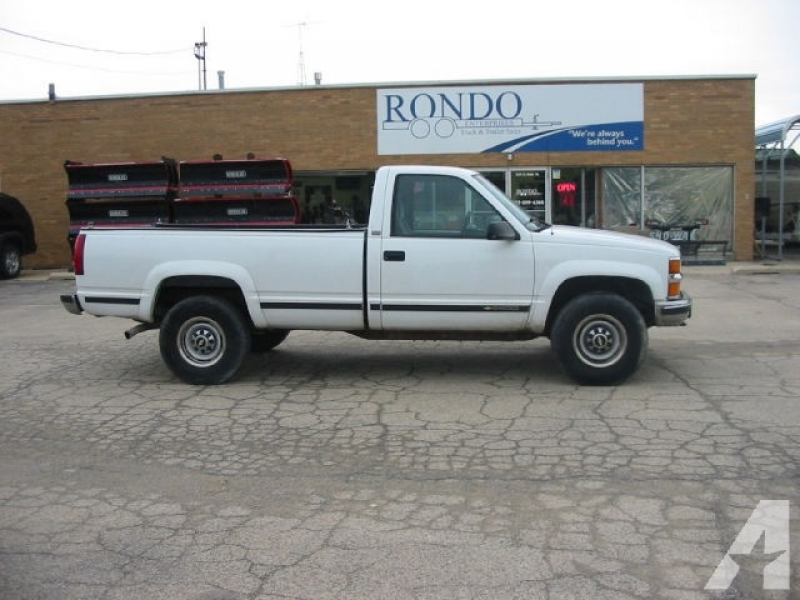 1997 Chevrolet 2500 Silverado for sale in Sycamore, Illinois
