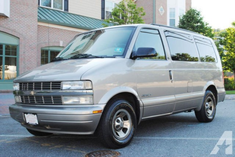 2002 Chevrolet Astro LS for sale in Bloomingdale, New Jersey