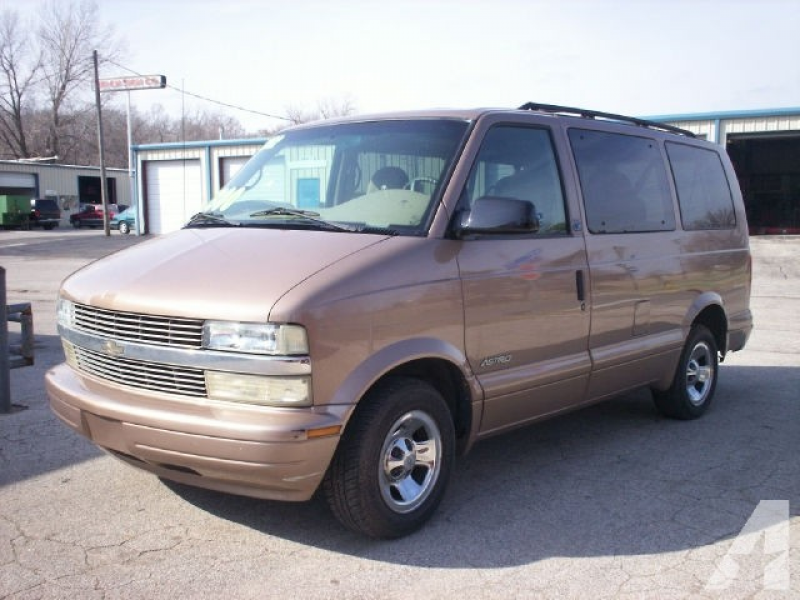 2002 Chevrolet Astro for sale in Shawnee Mission, Kansas
