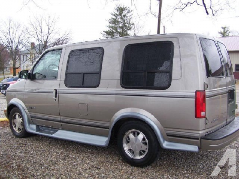 2002 Chevrolet Astro for sale in Carroll, Ohio