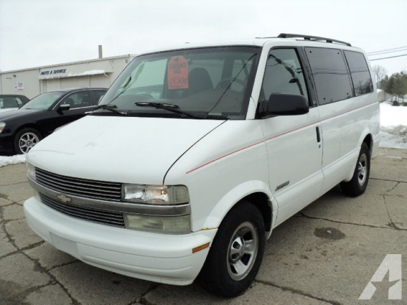 1999 Chevrolet Astro for sale in Columbia City, Indiana