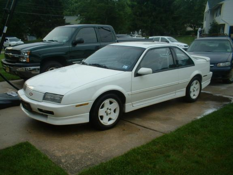 Picture of 1990 Chevrolet Beretta 2 Dr GTZ Coupe, exterior