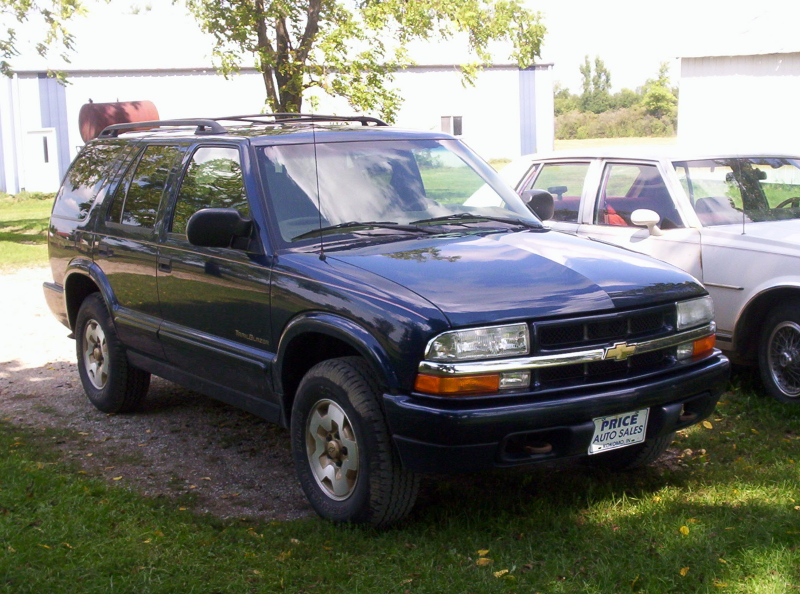 Picture of 1999 Chevrolet Blazer 4 Dr Trailblazer 4WD SUV, exterior