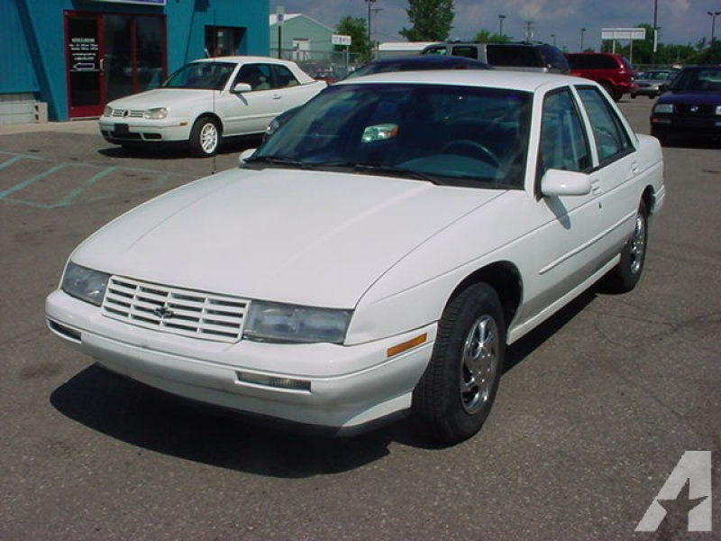 1996 Chevrolet Corsica for sale in Pontiac, Michigan