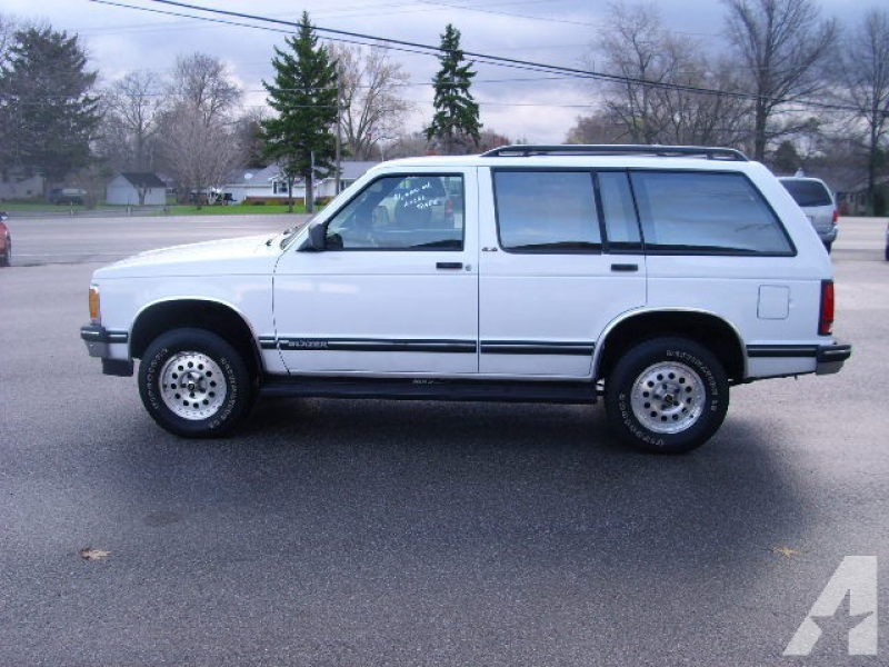 1993 Chevrolet S-10 Blazer LT for sale in Shelby, Ohio