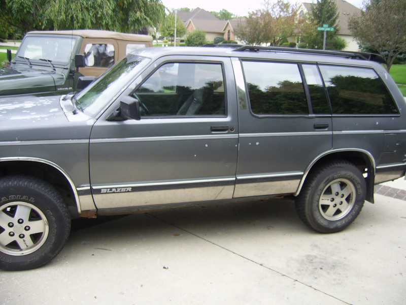 Picture of 1991 Chevrolet S-10 Blazer 4 Dr STD 4WD SUV