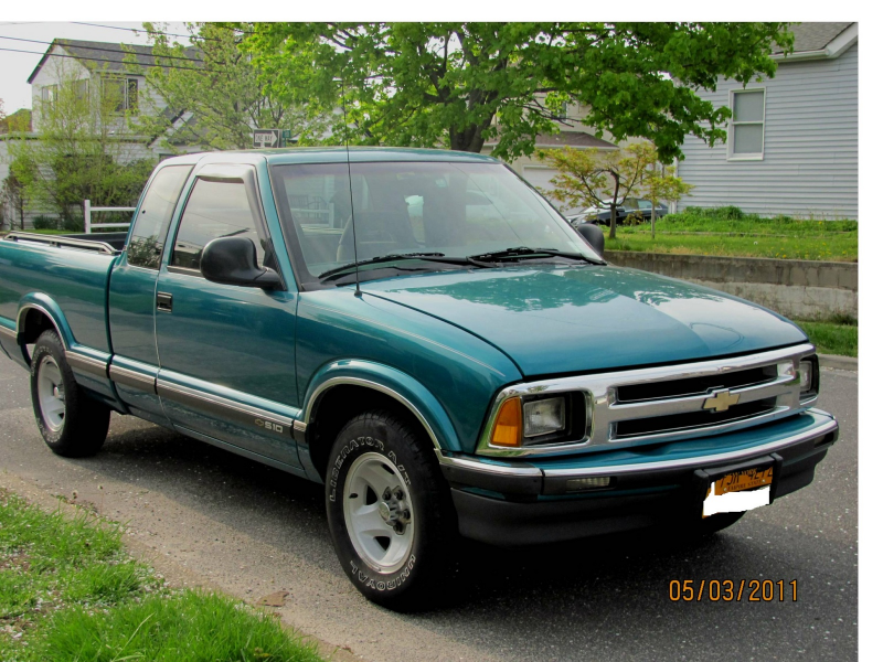 Picture of 1995 Chevrolet S-10 2 Dr LS Extended Cab SB, exterior