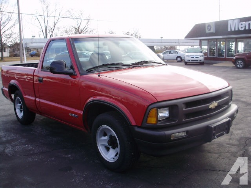 1994 Chevrolet S-10 for sale in Ruma, Illinois