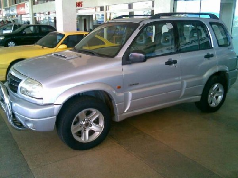 Vendo Jipe Chevrolet, Tracker, 2002 - R$ 36300