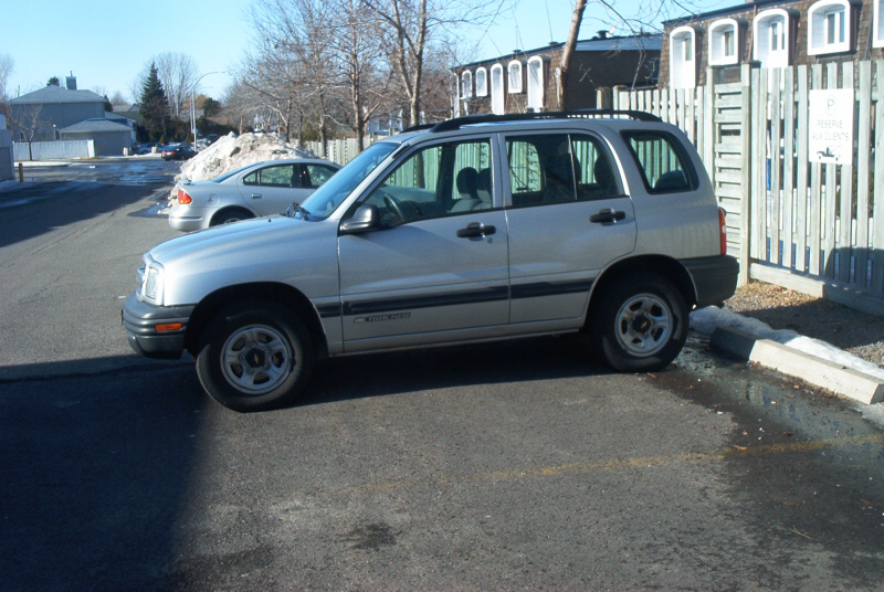 Description Chevy Tracker 1999-2004.jpg
