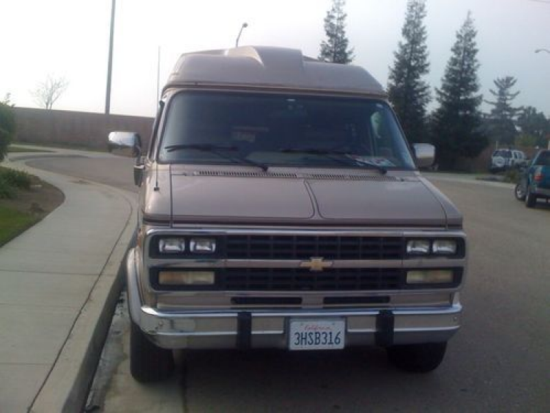 1994 Chevrolet G20 Sportvan Extended Passenger Van 3-door 5.7l on 2040 ...