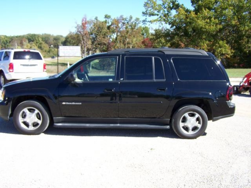 2004 Chevrolet TrailBlazer EXT LT for sale in Gainesville, Missouri