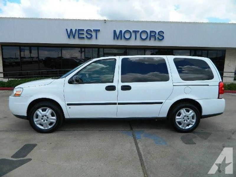 2006 Chevrolet Uplander LS for sale in Gonzales, Texas