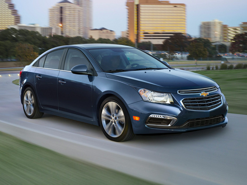 New 2015 Chevrolet Cruze Price, Photos, Reviews & Features