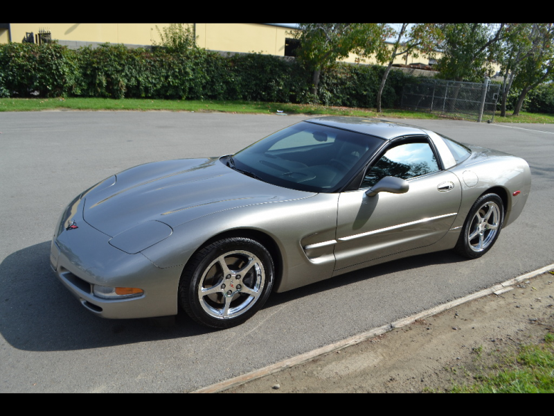 2001 Chevrolet Corvette Coupe Lt. Pewter Metallic