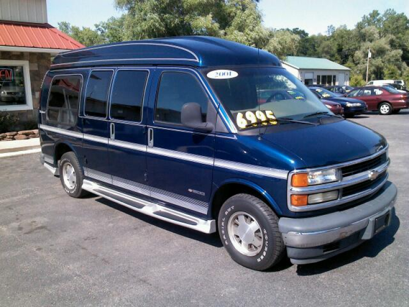 2001 chevrolet express 1500 cargo $ 6995 year 2001 make