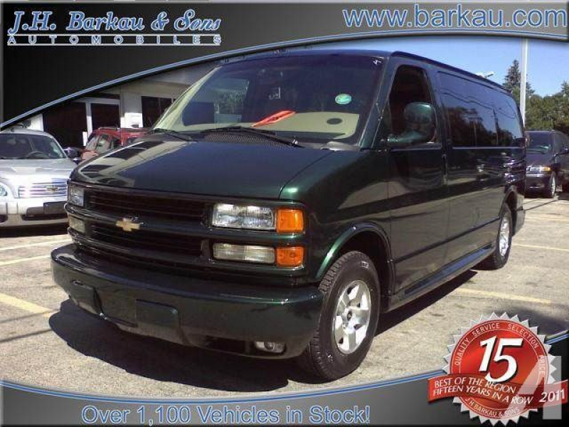 2001 Chevrolet Express 1500 for sale in Cedarville, Illinois