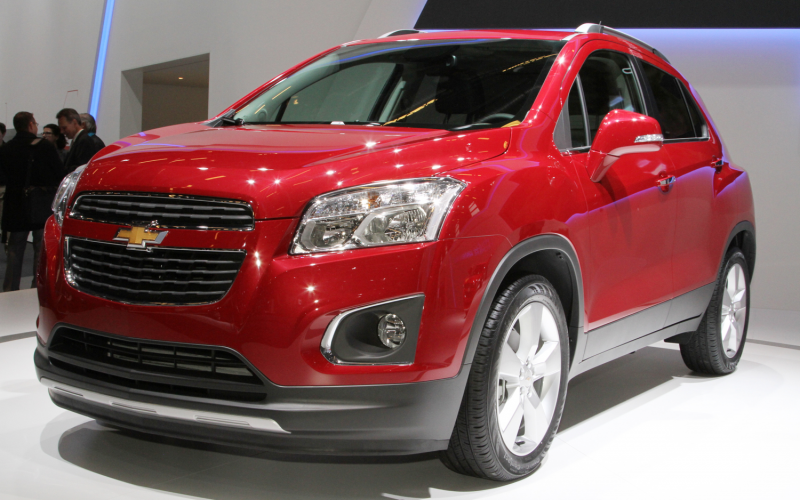 Chevrolet Trax Front Three Quarters Photo 1
