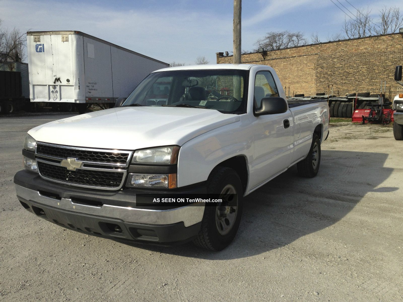 2006 Chevrolet Silverado C1500 C/K Pickup 1500 photo