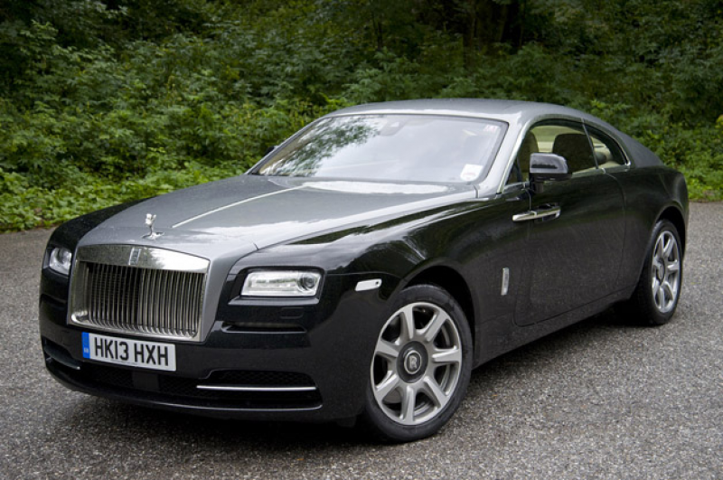 Related Post from 2015 Rolls-Royce Phantom- Review And Specification