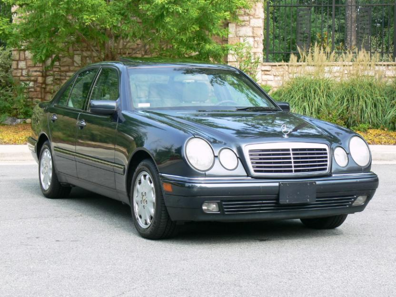 Picture of 1999 Mercedes-Benz E-Class E300DT Turbodiesel, exterior