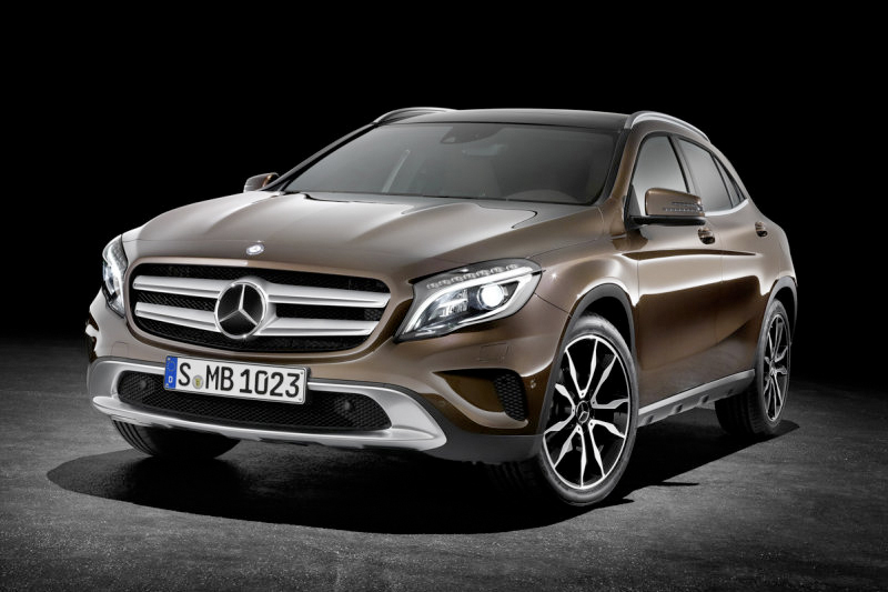 Mercedes-Benz Unveils the 2015 GLA-Class