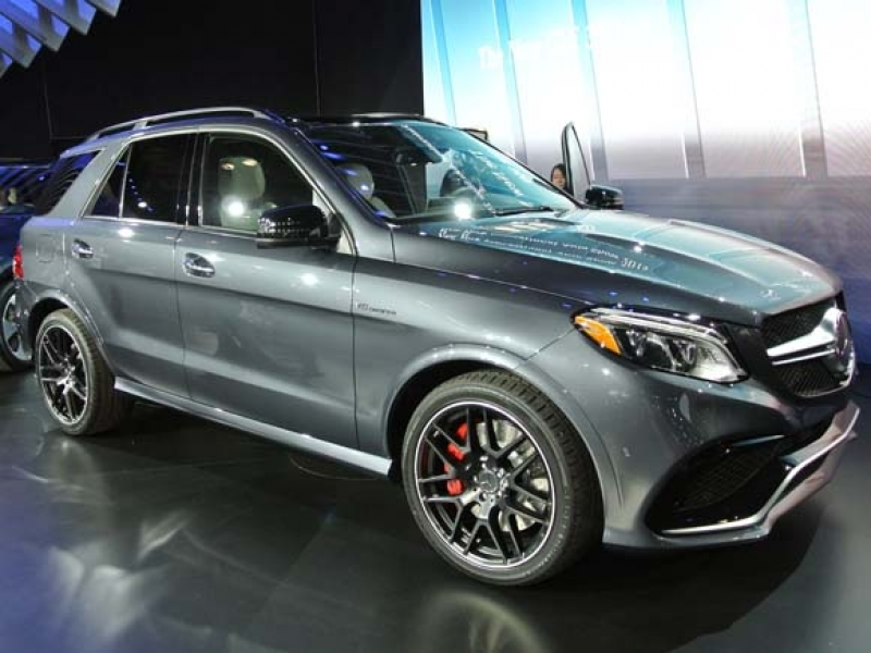 2016 Mercedes-Benz GLE-Class -- new name and a plug-in hybrid, too