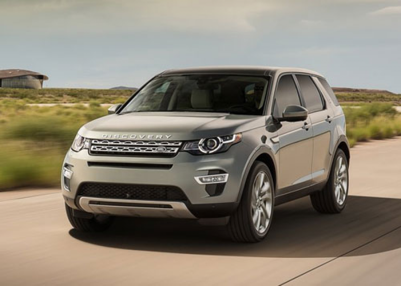 2015-Land-Rover-Discovery-Sport-front-angle