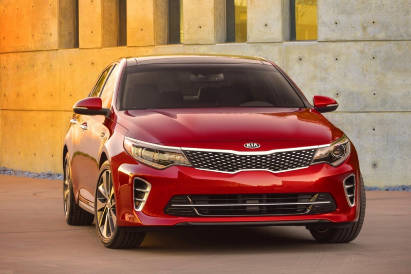 Kia's 2016 Optima shows its face ahead of New York debut