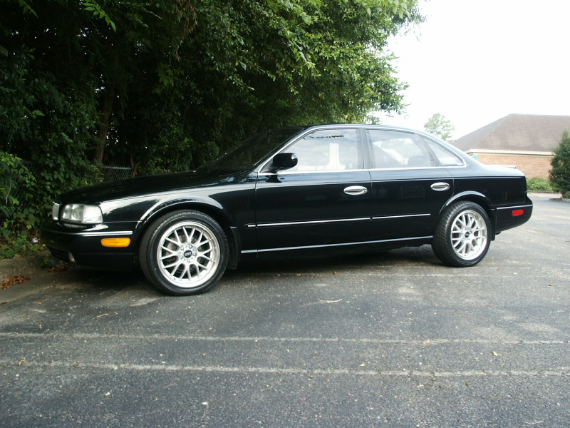 1994 Infiniti Q45 4 Dr STD Sedan picture, exterior