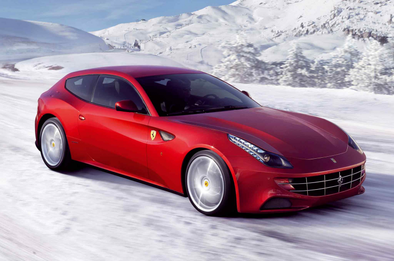 2014 Ferrari FF Three Quarters In Motion Front View 004