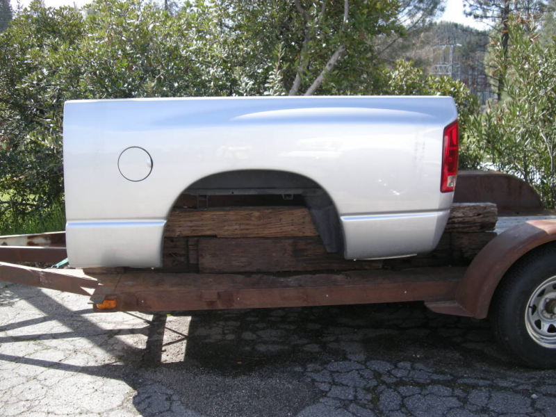 03-08 Dodge truck bed