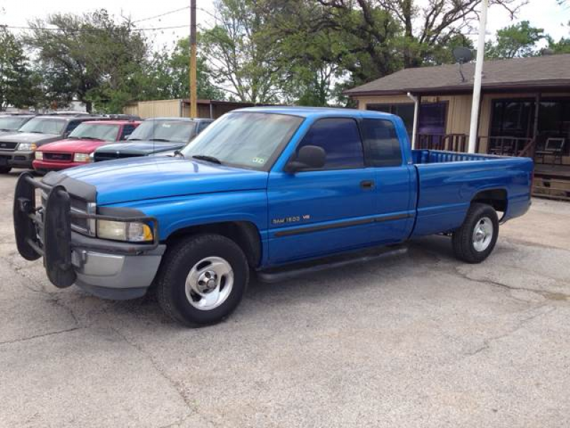 2000 Dodge Ram Pickup 1500 Quad Cab Long Bed 2WD - Pasadena TX