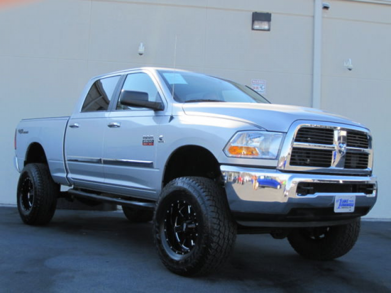 DODGE RAM 2500 2012 6.7 HIGH OUTPUT DIESEL AUTO TRANS 4WD LIFTED SLT ...