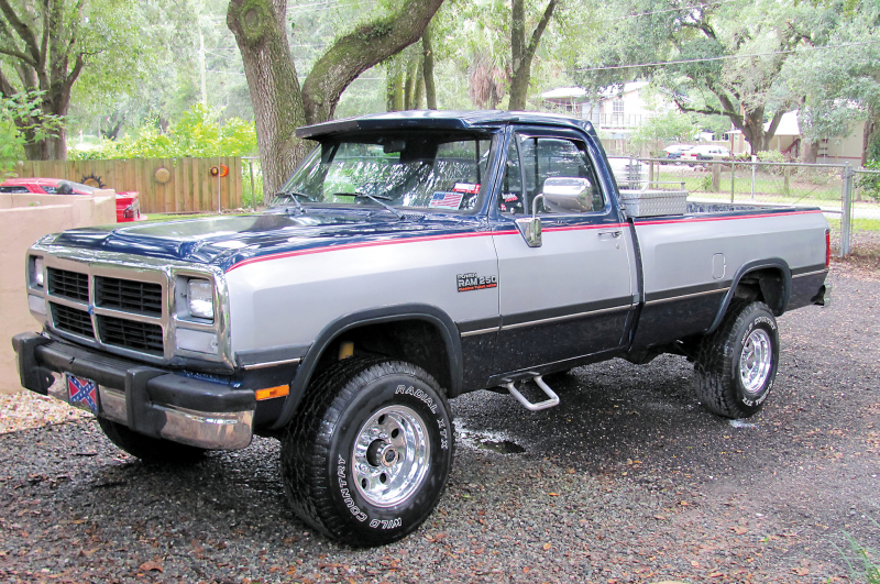 1990 Dodge Ram 250 Front Three Quarter