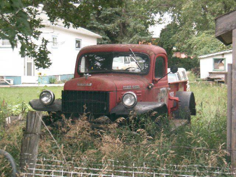 This old Dodge Power Wagon has been left to rust away!
