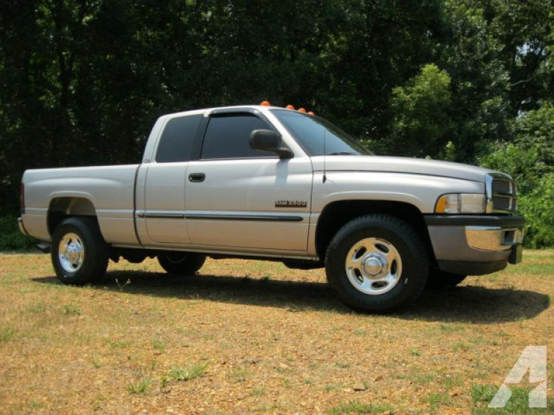 2001 Dodge Ram 2500 for sale in Savannah, Tennessee