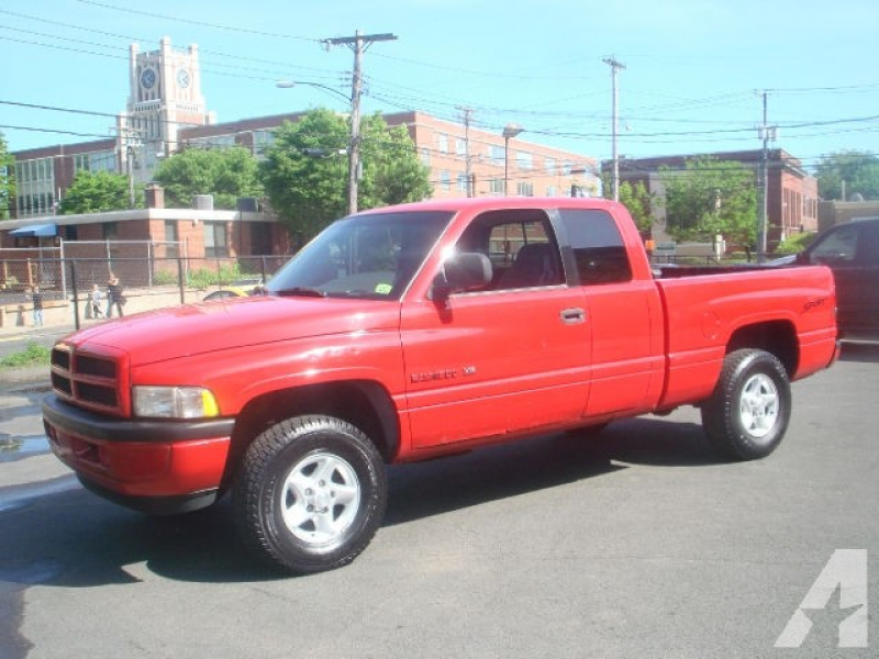 1998 Dodge Ram 1500 for sale in New Haven, Connecticut