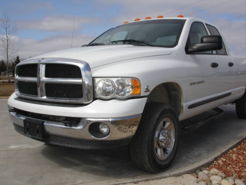 2004 Dodge Power Ram 3500 Pickup Truck in Altona, Manitoba