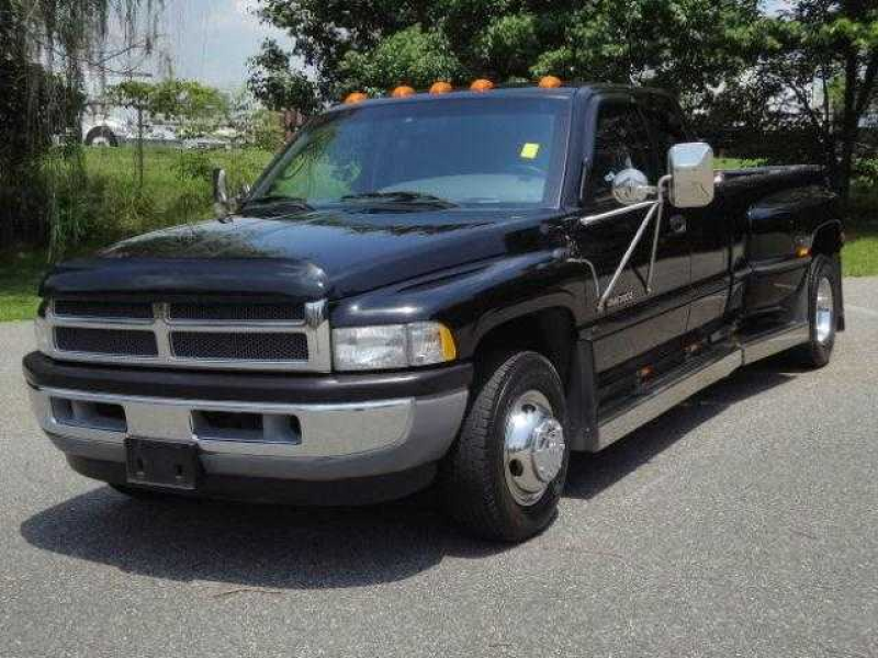 Learn more about Dodge Ram 3500 Diesel 1999.