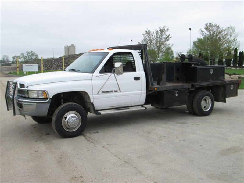 2012 dodge ram 3500 flatbed truck grey 2012 dodge flatbed truck in