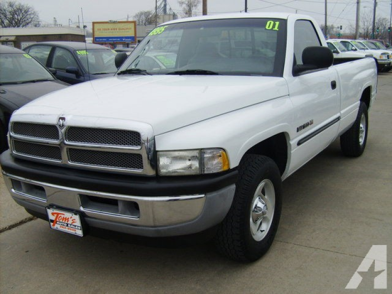 2001 Dodge Ram 1500 SLT for sale in Des Moines, Iowa